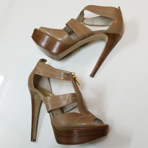 🔥MK Platform Heels